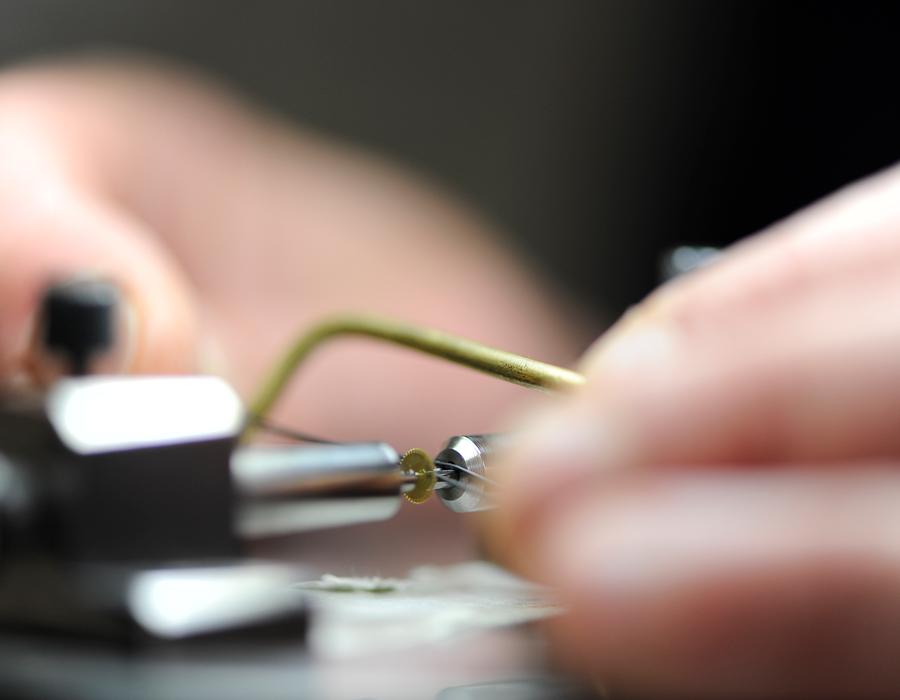Roud'hor Sa, horlogerie, roulage, roulage des bouts de pivots, marques horlogères de prestige, Vallée de Joux, Suisse
